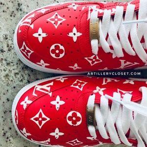 sonrojo traqueteo Reina  Nike Shoes | Nike Air Force One Supreme X Lv Custom Sneaker | Poshmark